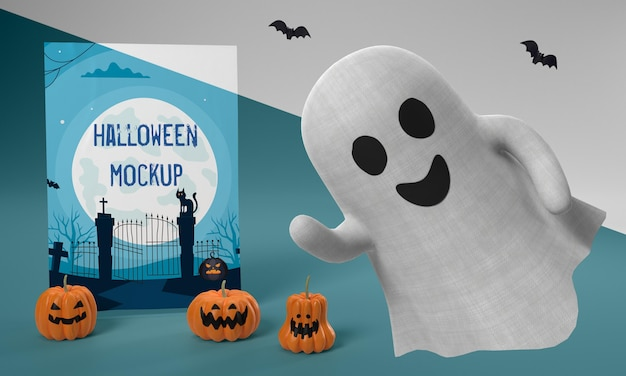 Maquete de cartão de halloween com fantasma sorridente