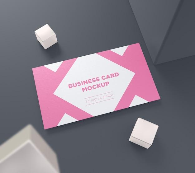 Maquete de cartão de visita com caixa voadora