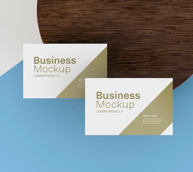 Maquete de cartão de visita com design elegante