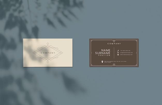 Maquete de cartão de visita de design clássico