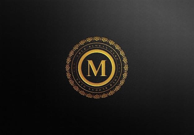 Maquete de cartão de visita de luxo com efeito de tipografia dourada
