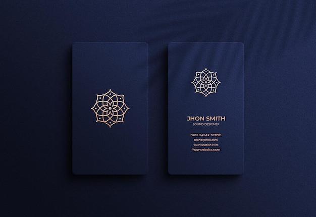 Maquete de cartão de visita de luxo elegante