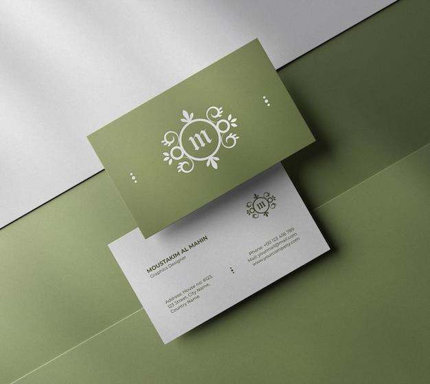 Maquete de cartão de visita de luxo limpo