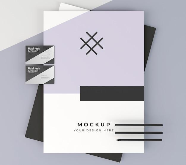 Maquete de cartão de visita e artigos de papelaria