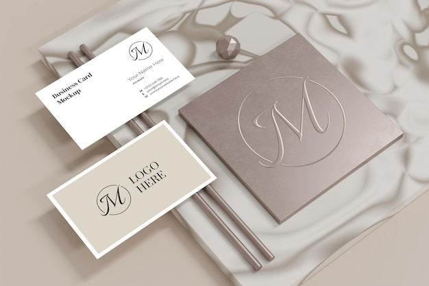 Maquete de cartão de visita elegante com vitrine de logomarca em renderização 3d