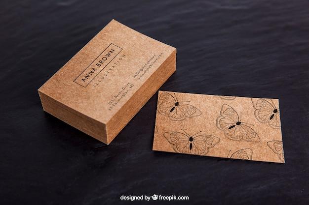 Maquete de cartão de visita orgânica criativa