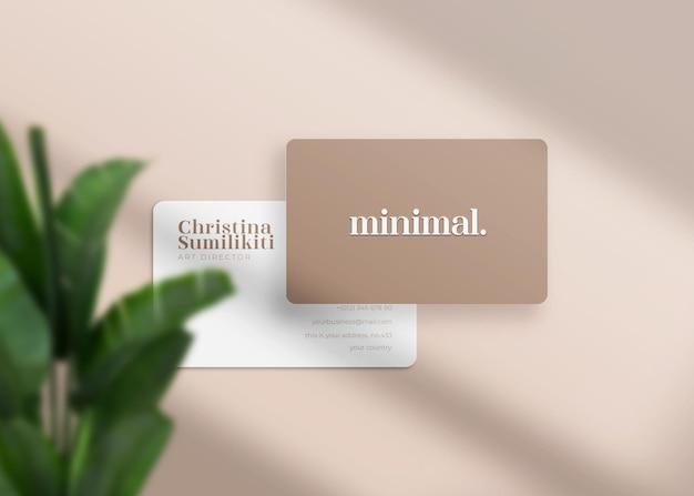 Maquete de cartão de visita realista minimalista e moderno