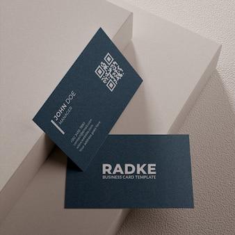 Maquete de cartão de visita simples com design texturizado