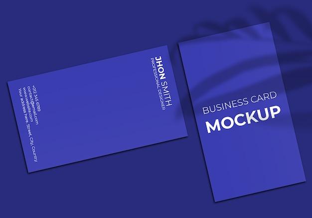Maquete de cartão de visita vertical simples
