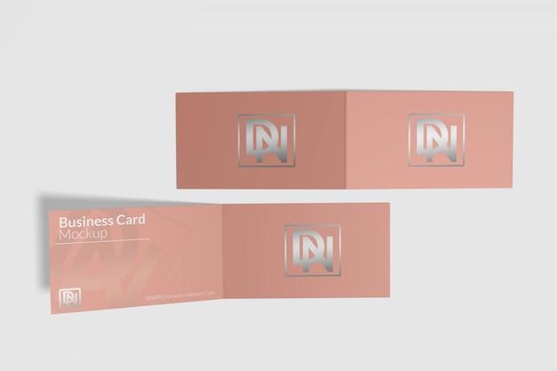 Maquete de cartão dobrado 5 Psd Premium