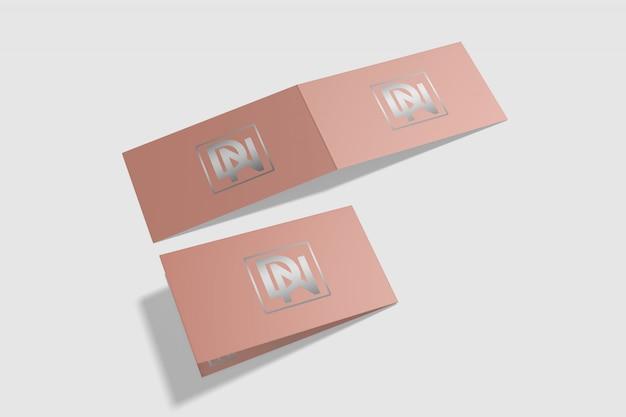 Maquete de cartão dobrado 6