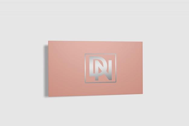 Maquete de cartão dobrado 8