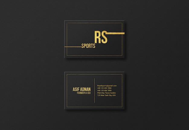 Maquete de cartão dourado de luxo