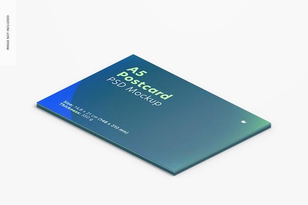 Maquete de cartão postal a5, visualização empilhada isométrica