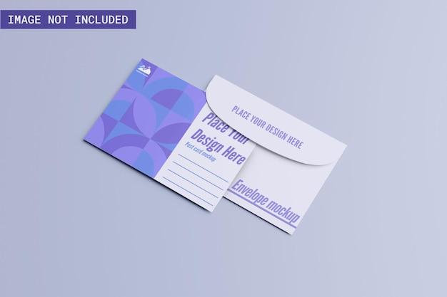 Maquete de cartão postal com envelope