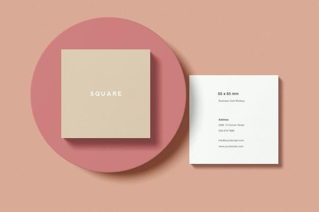 Maquete de cartão quadrado com vista de ângulo superior do círculo