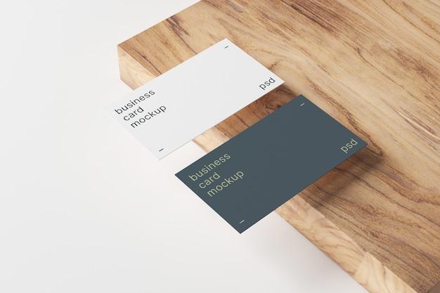 Maquete de cartões de visita em painel de madeira