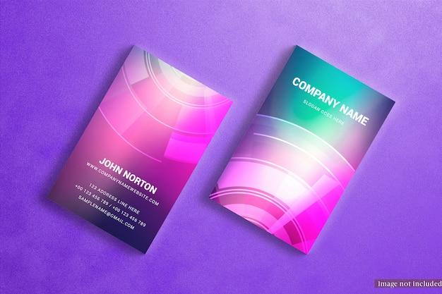 Maquete de cartões de visita vertical