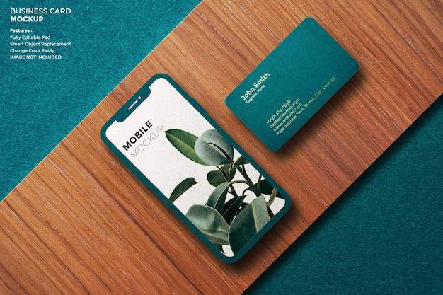 Maquete de celular e cartão de visita de luxo