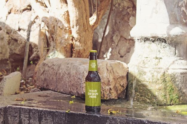 Maquete de cerveja de fonte