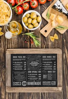 Maquete de comida italiana plana leigos