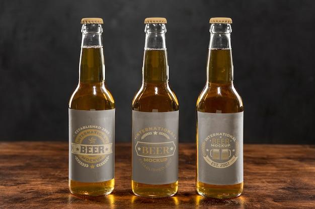 Maquete de conceito de arranjo de cerveja artesanal