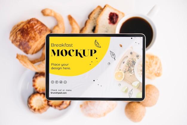 Maquete de conceito de café da manhã delicioso