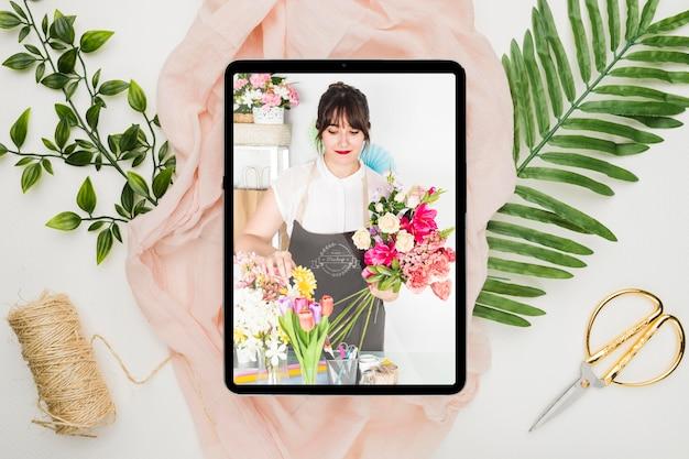 Maquete de conceito de convite de loja de flores