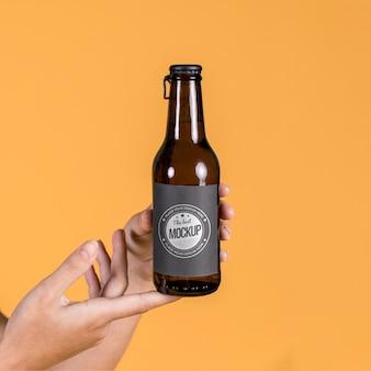Maquete de conceito de garrafa