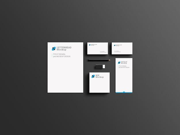 Maquete de conjunto de papelaria de marca corporativa elegante