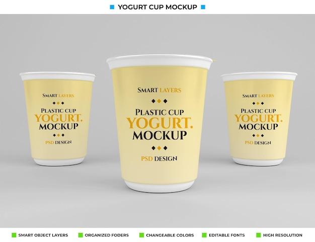 Maquete de copo de iogurte de plástico no conceito de comida