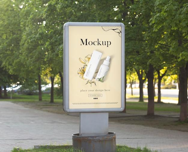 Maquete de design de outdoors da cidade