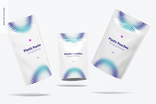 Maquete de embalagem de bolsas de plástico, caindo