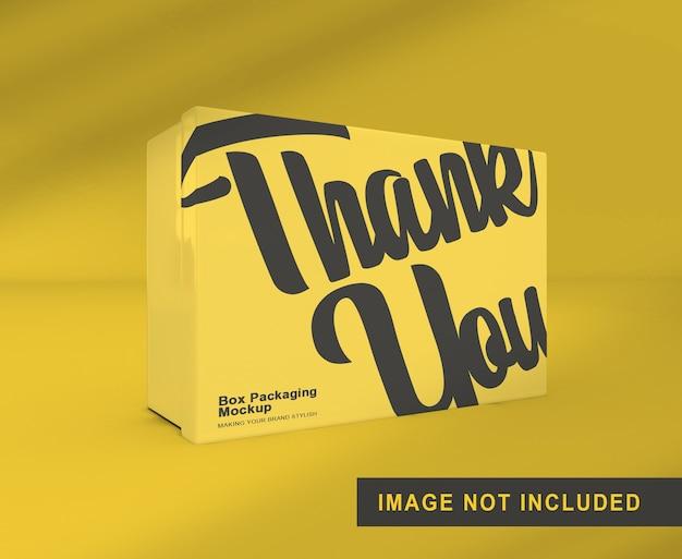 Maquete de embalagem de caixa em pé isolada
