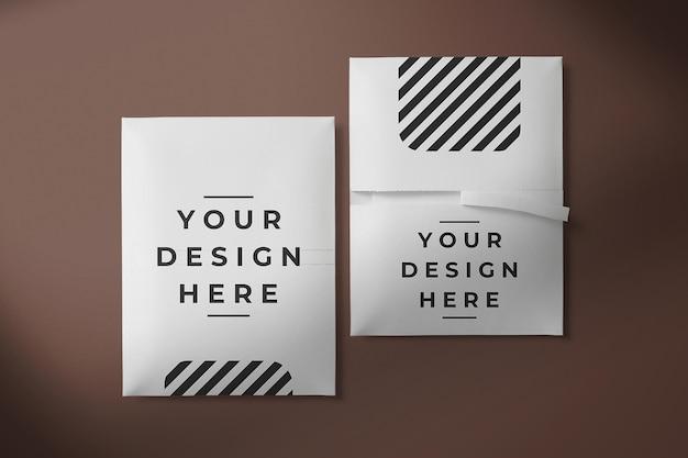 Maquete de embalagem de cartão de envelope de papel de vista superior