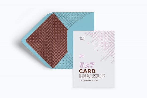 Maquete de envelope e cartão azul