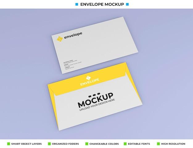 Maquete de envelope isolada em fundo de cor suave