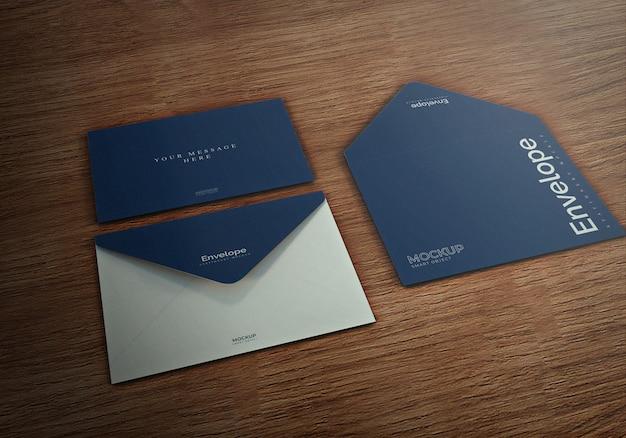 Maquete de envelopes com branco limpo