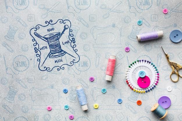 Maquete de equipamento de costura colorida