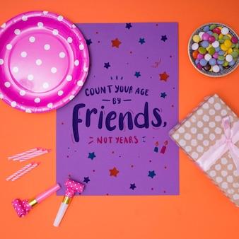 Maquete de feliz aniversário conte sua idade por amigos