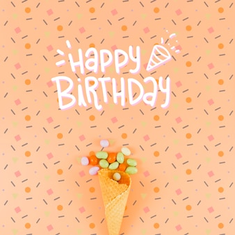Maquete de feliz aniversário e casquinha de sorvete