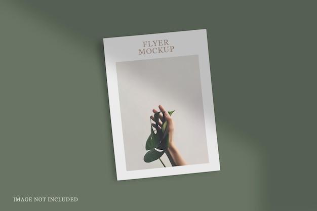Maquete de flyer elegante e minimalista