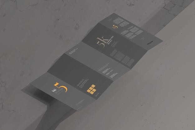 Maquete de folheto de cinco dobras tamanho dl