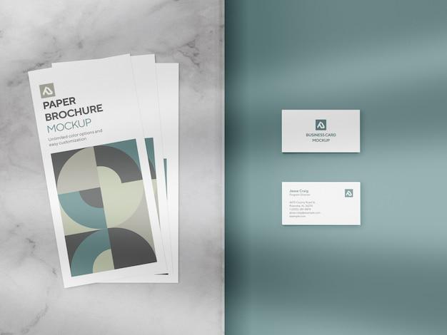 Maquete de folheto e cartão corporativo