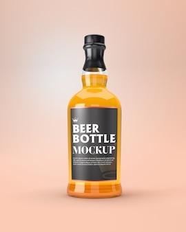 Maquete de garrafa de cerveja de vidro transparente