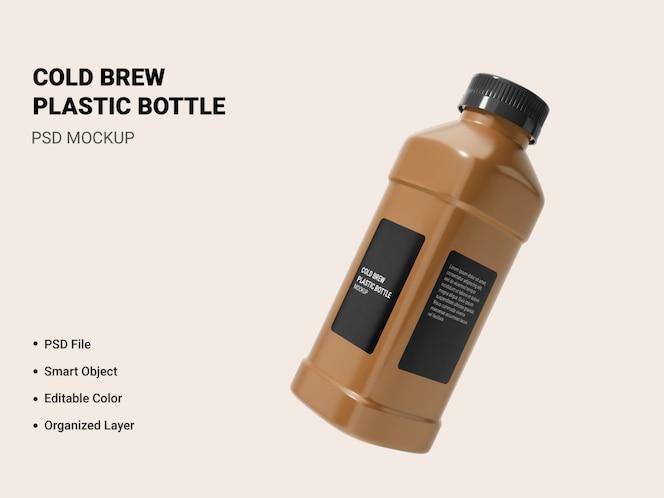 maquete de garrafa de cerveja fria isolada