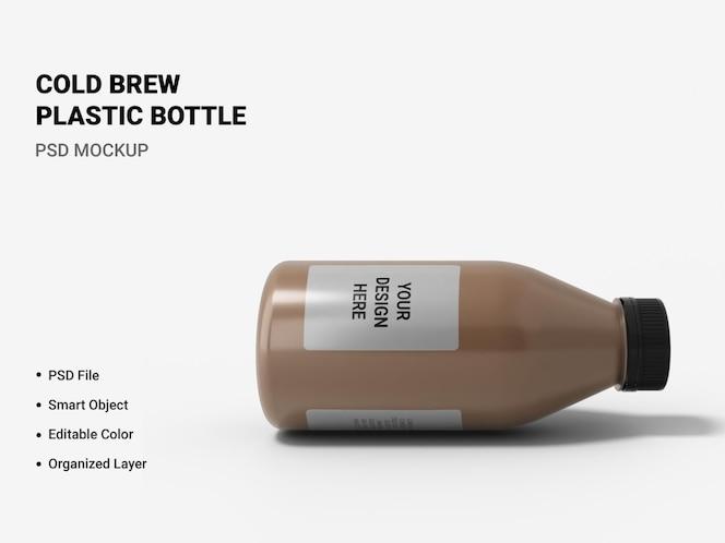 maquete de garrafa de plástico cold brew isolada
