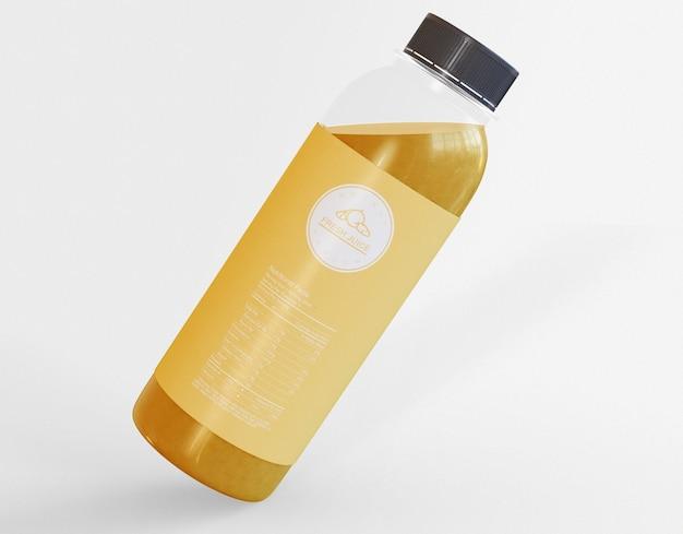 Maquete de garrafa de suco