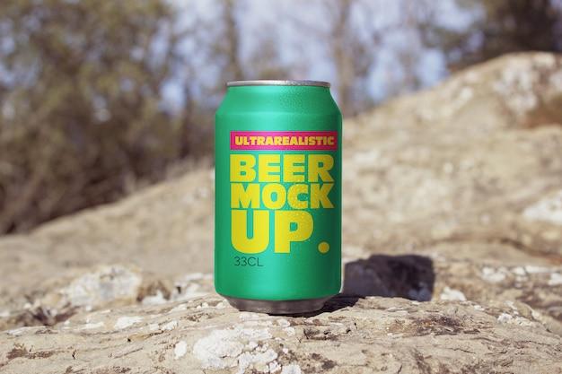 Maquete de lata de cerveja da frente