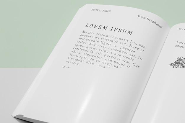 Maquete de livro aberto de ângulo alto